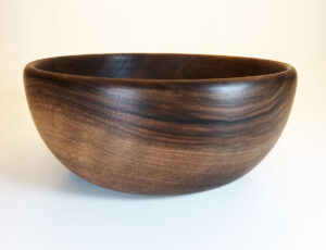 Le Poke bowl en bois de noyer d'1 Litre.